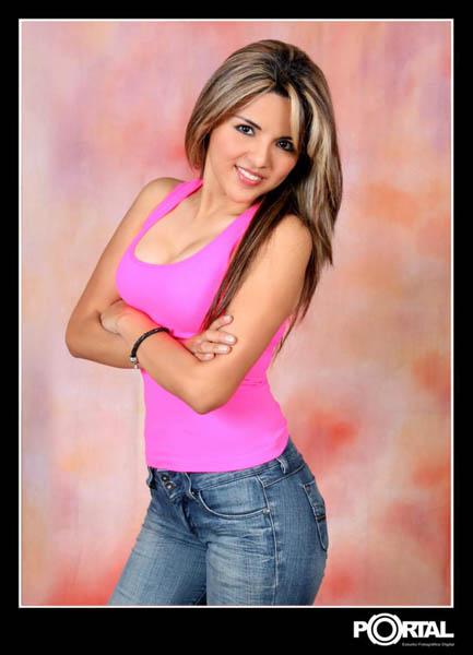 Claudia Esmeralda Velasquez